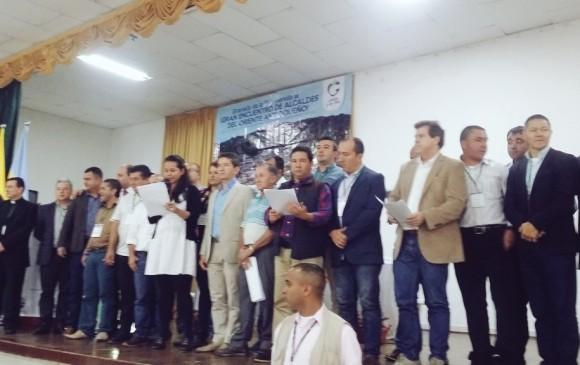 Este jueves en el municipio de Granada, en el marco del tercer gran encuentro de alcaldes del Oriente antioqueño, se suscribió por parte de estos y la Gobernación de Antioquia. FOTO @GobAntioquia